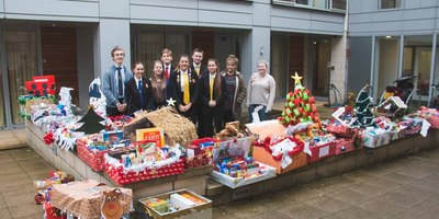 Students create Christmas Hampers for YMCA