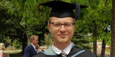 Alumnus Curtis awarded first class honours degree