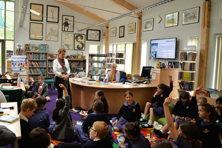 Marcia williams chatting to form 1 2 book club