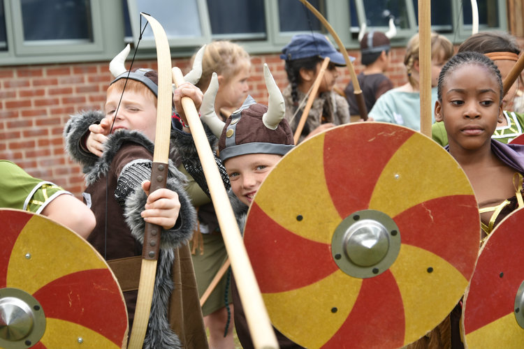 Lower Shell Vikings prepare for raid