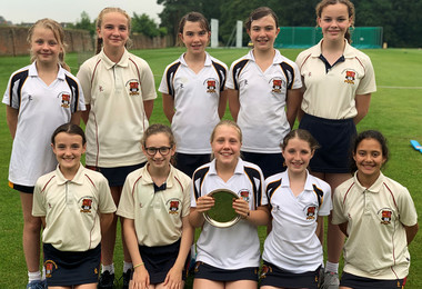 Plate Triumph for U11 Girls' Cricket Team