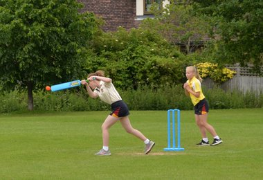 First ever girls' House Cricket for F1 & 2