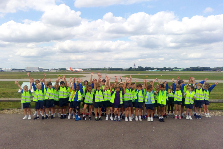 Year 1 pupils on outing to stansted airport