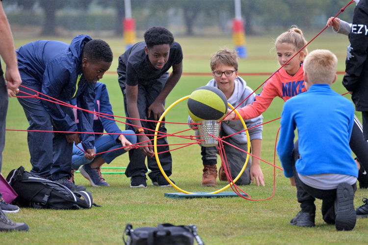 L3 pupils work together on Teambuilding Day 2019