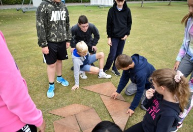 L3 Solving teambuilding puzzles on Top Field 2019