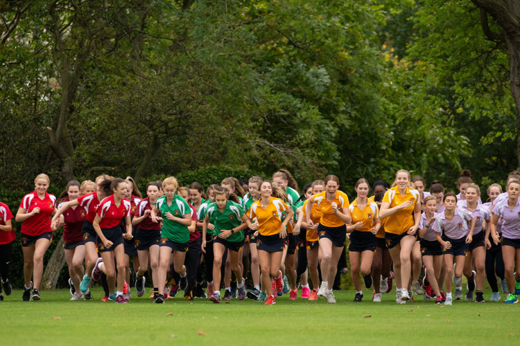 Pearl & Yeo Cup Junior Girls running 2019