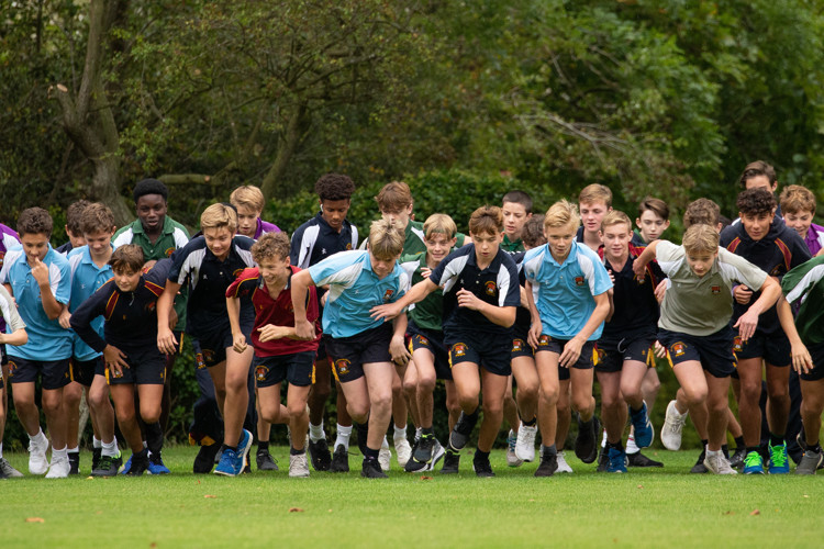 Junior Boys running in Pearl & Yeo Cup 2019