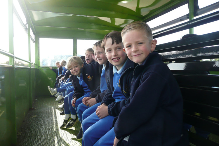 Yr 2 enjoying farm visit to barleylands 2019