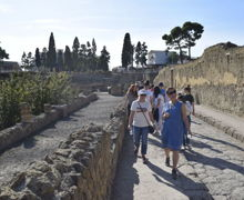 Visiting sites on Classics Trip to Italy 2019
