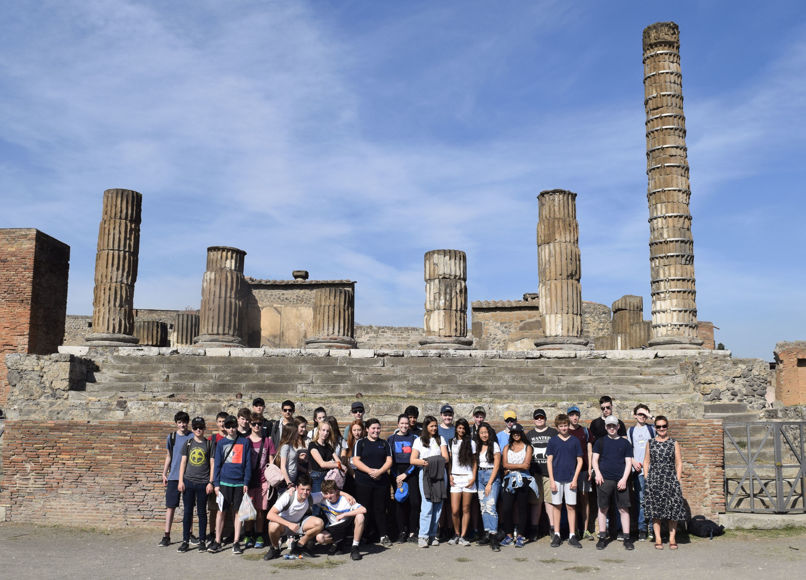 Lower upper 5th pupils on classics trip 19
