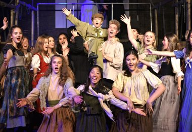 Rave Reviews for Oliver!
