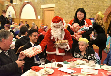 Students Host Festive Christmas Lunch for Elderly