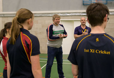 Pupils Net Training Session with Matthew Hoggard