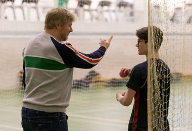 Matthew Hoggard demonstrating cricket techniques