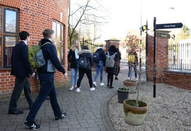 German Exchange pupils on tour of campus