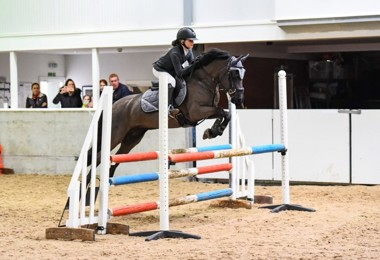 Tilly 'Shows' First-Class Jumping