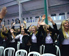Alliott Girls Cheering at House Music