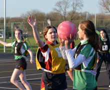 Young and tee in junior house netball 2020