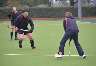 Upper Fifth Show Their Skill in Mixed House Hockey