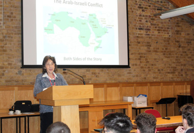Ruth Camay speaking at Arab Israeli PSHE talk to U5