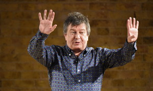 Stuart Maconie and The Pie At Night