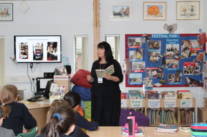 Author Kim Slater meets Form 2 for World Book Day
