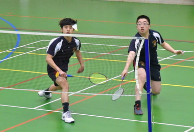 Senior School Badminton v Felsted