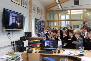 F1 & 2 Book Club Pupils give Thumbs Up to Peter Bunzl on Skype