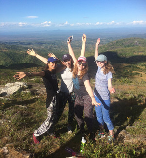Students Enjoying Malawi Expedition 2017