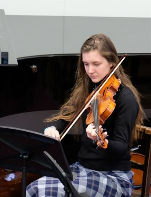 Senior School Violinist in Chamber Music Concert 2017