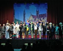 Form 2 Cast Wind in the WIllows May 2017