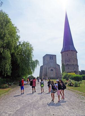 Form 1 day trip to bergues france pupils walking