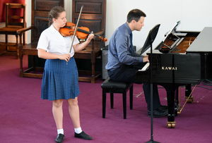 Prep School Girl Violinist Instrumental Competition 2017