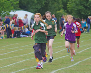 Grimwade newbury girls racing prep school sports day