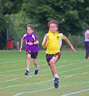 Newbury westfield boys racing at sports day2