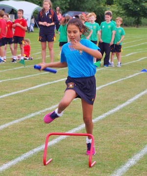 Shell sports day girl in race