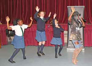 Singer Yinka Williams giving cyber-bullying workshop to U3