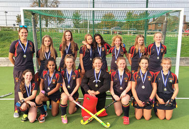 U14 Hockey Girls Through to East Qualifying Finals