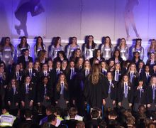 Alliott unison singing at House Music 2017
