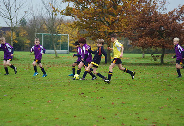 Newbury playing westfield in junior house football