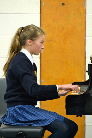 Pianist in Prep School concert