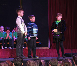 Charlie and the chocolate factory scene in shell play