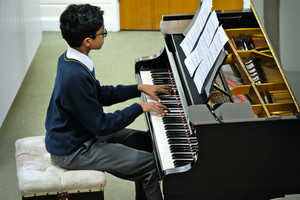 Pianist in 4th form concert