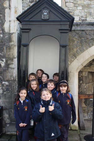 Upper Shell enjoying Tower of London trip