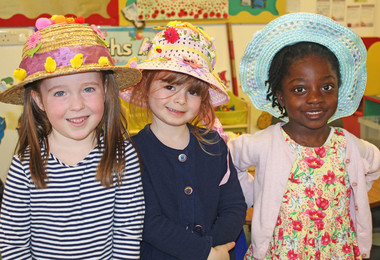Easter bonnet girls