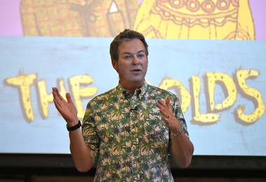 """Bold"" Morning with Comedian Julian Clary"