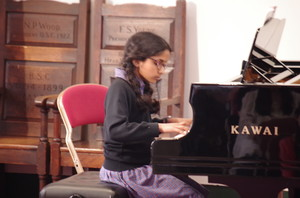 Prep School pianist in Rotary Young Musician Competition