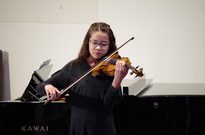 Violinist in Rotary Young Musician Competition 2018