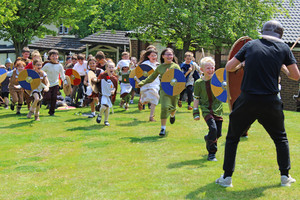Shell pupil vikings running in battle