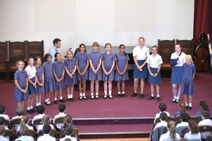 Mem Hall with singers for Prep School House Music 2018